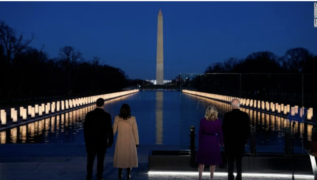 Doug Emhoff, Kamala Harris, Joe Biden and Jill Biden remember the 400,000 Americans who have died from Covid-19. Photo by Evan Vucci AP.